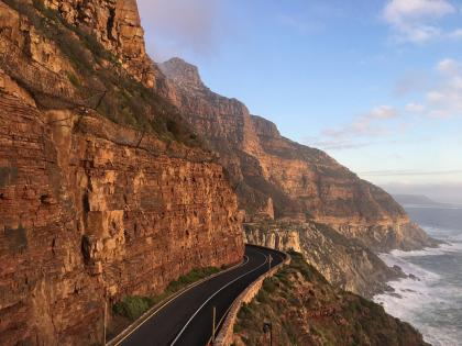 Sunset Drive along the Eastern Coast of Cape Town on our way to the Hout Bay Fish Market.