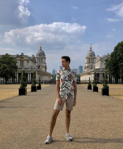 The royal residences in Greenwich: wealth and symmetry.