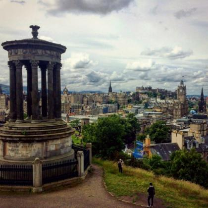 Spectacular view of Edinburgh from atop a hill
